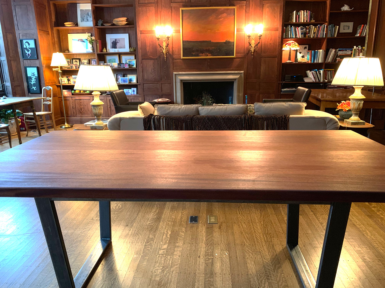 Mahogany Table In Back Bay Brownstone Cannon Hill